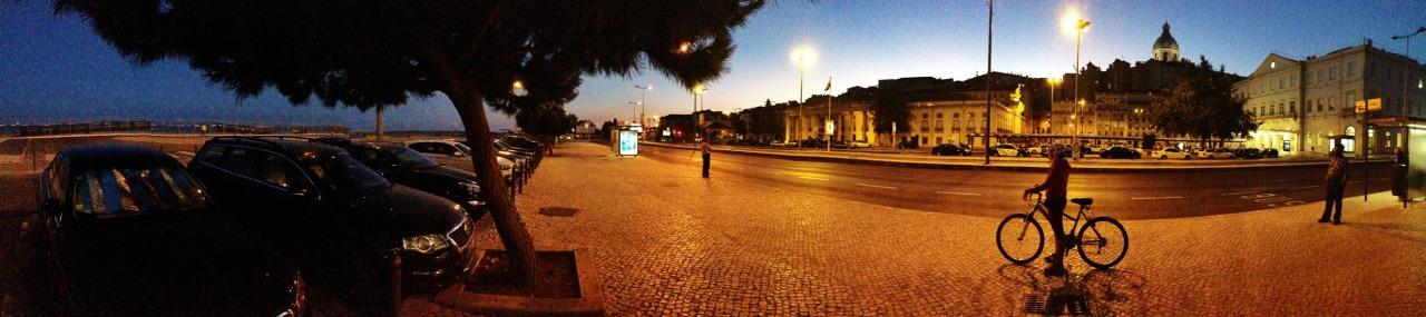 04-08-2014 21:10:20  Santa Apolónia, Lisbon, Portugal