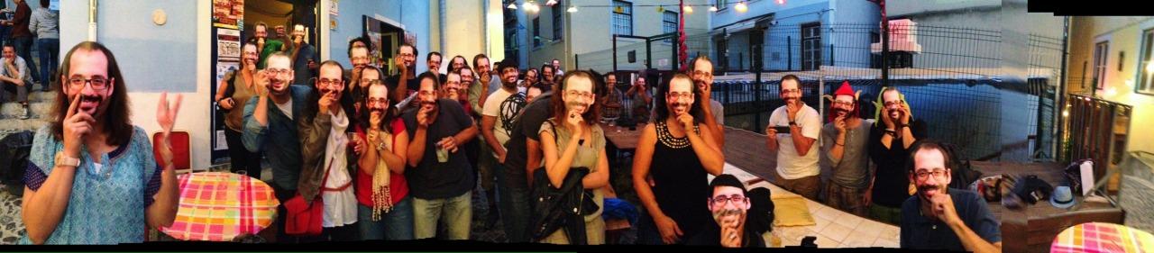 04-07-2014 21:12:26  Mouraria, Lisbon, Portugal