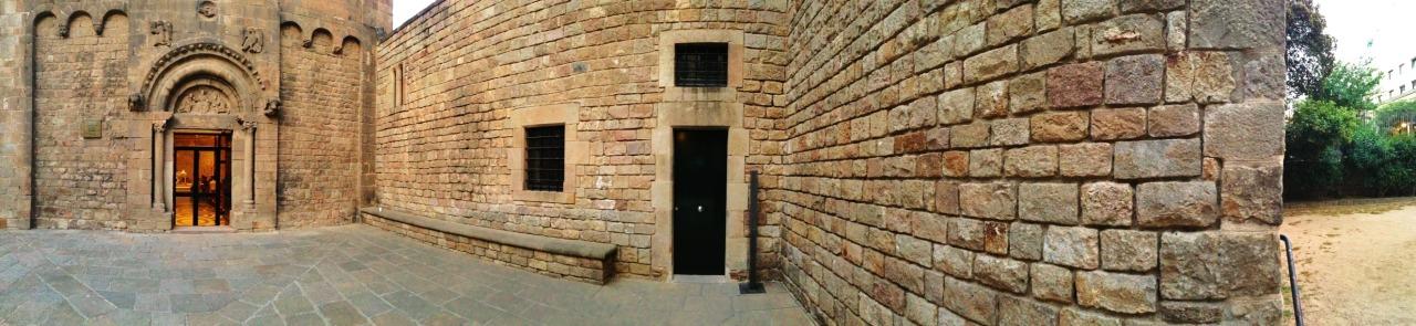 10-05-2014 20:47:57  Sant Pau del Camp, Barcelona, Catalonia