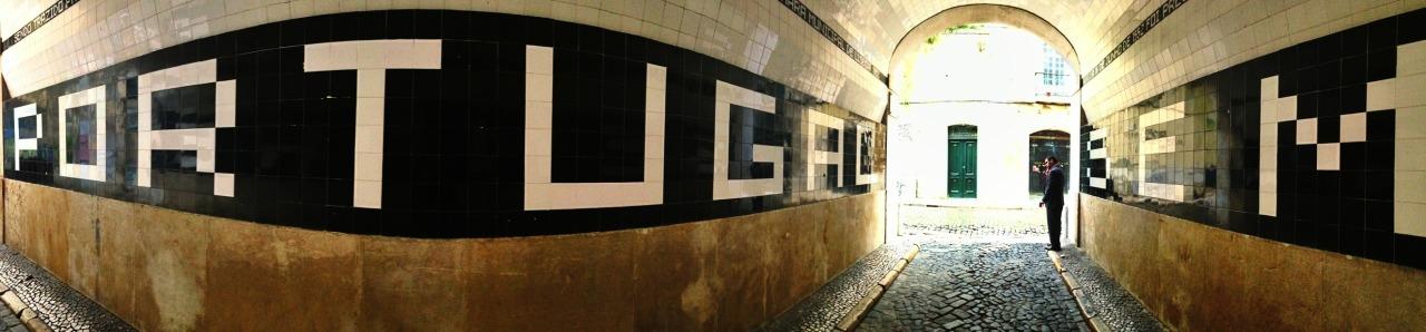 30-01-2014 12:01:24  Pátio do Tronco. Lisbon, Portugal
