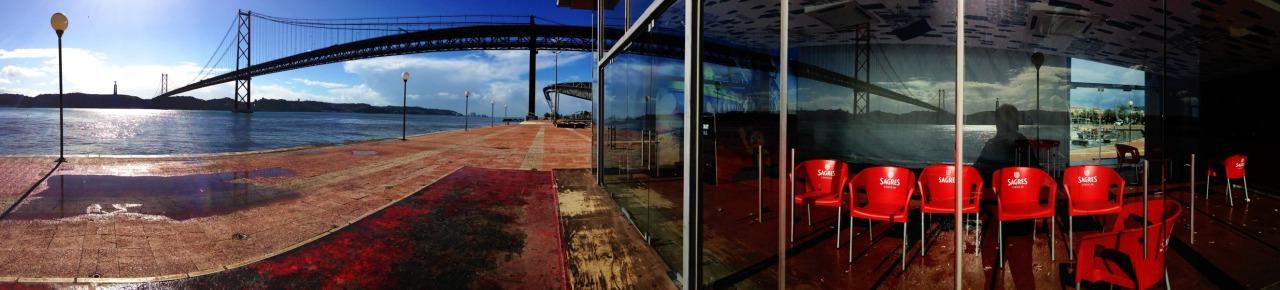 29-01-2014 12:15:21  Doca de Alcantara, Lisbon, Portugal