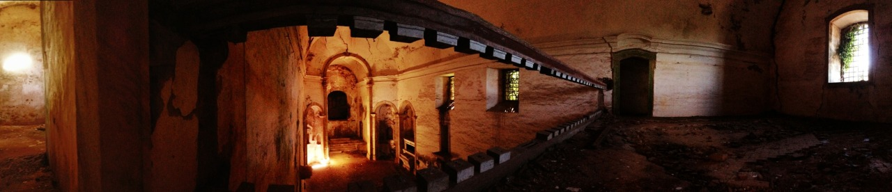 06-10-2013 12:06:15  Convento de Monfurado, Montemor-o-Novo, Portugal