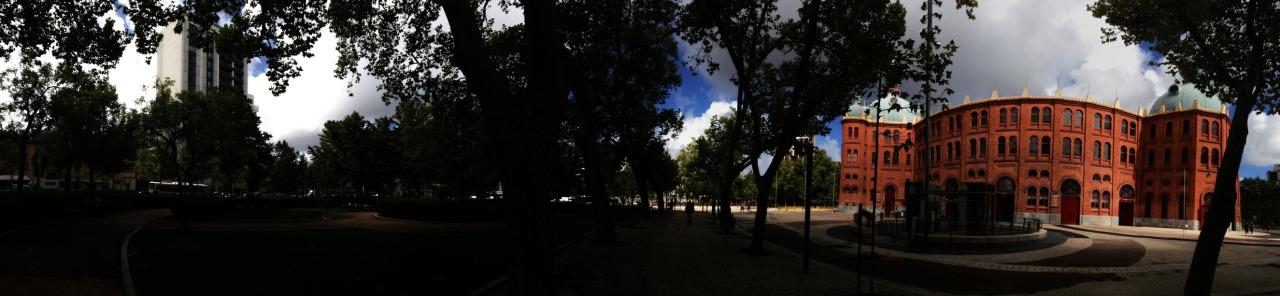 03-10-2013 12:28:57  Campo Pequeno, Lisbon, Portugal