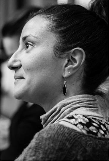 Carla Cozar - Porque cuanto más perdida estaba en la oscuridad de mis límites, supiste apretar el