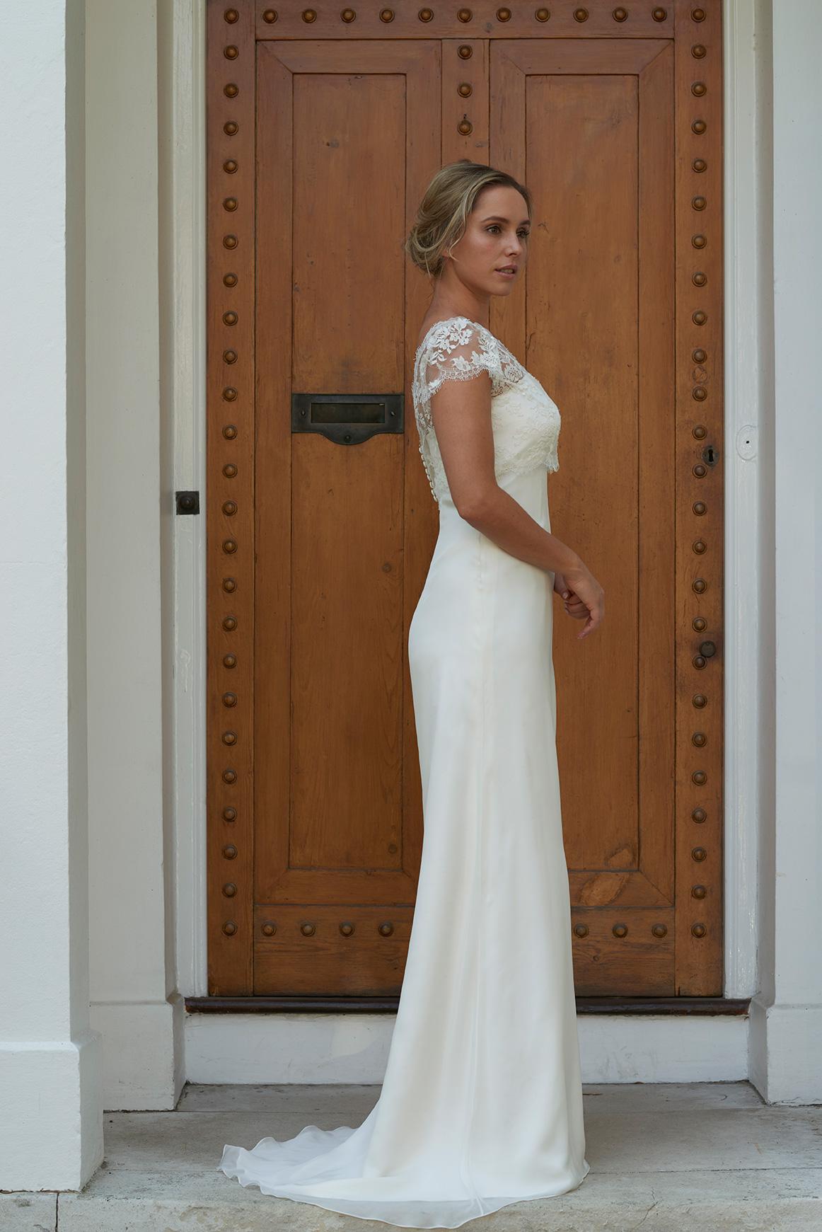 Alice_dress_doorside-web.jpg