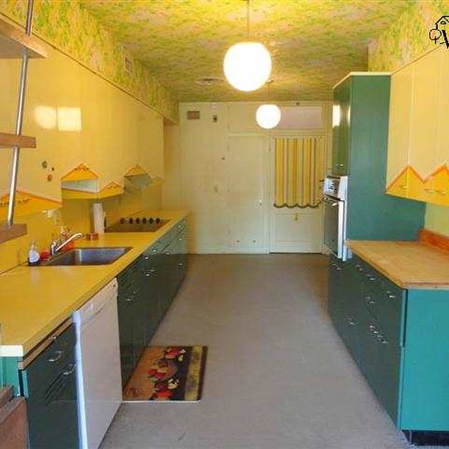 Clark_Design_Renovation_Mid-Century_Remodel_White_Kitchen_4
