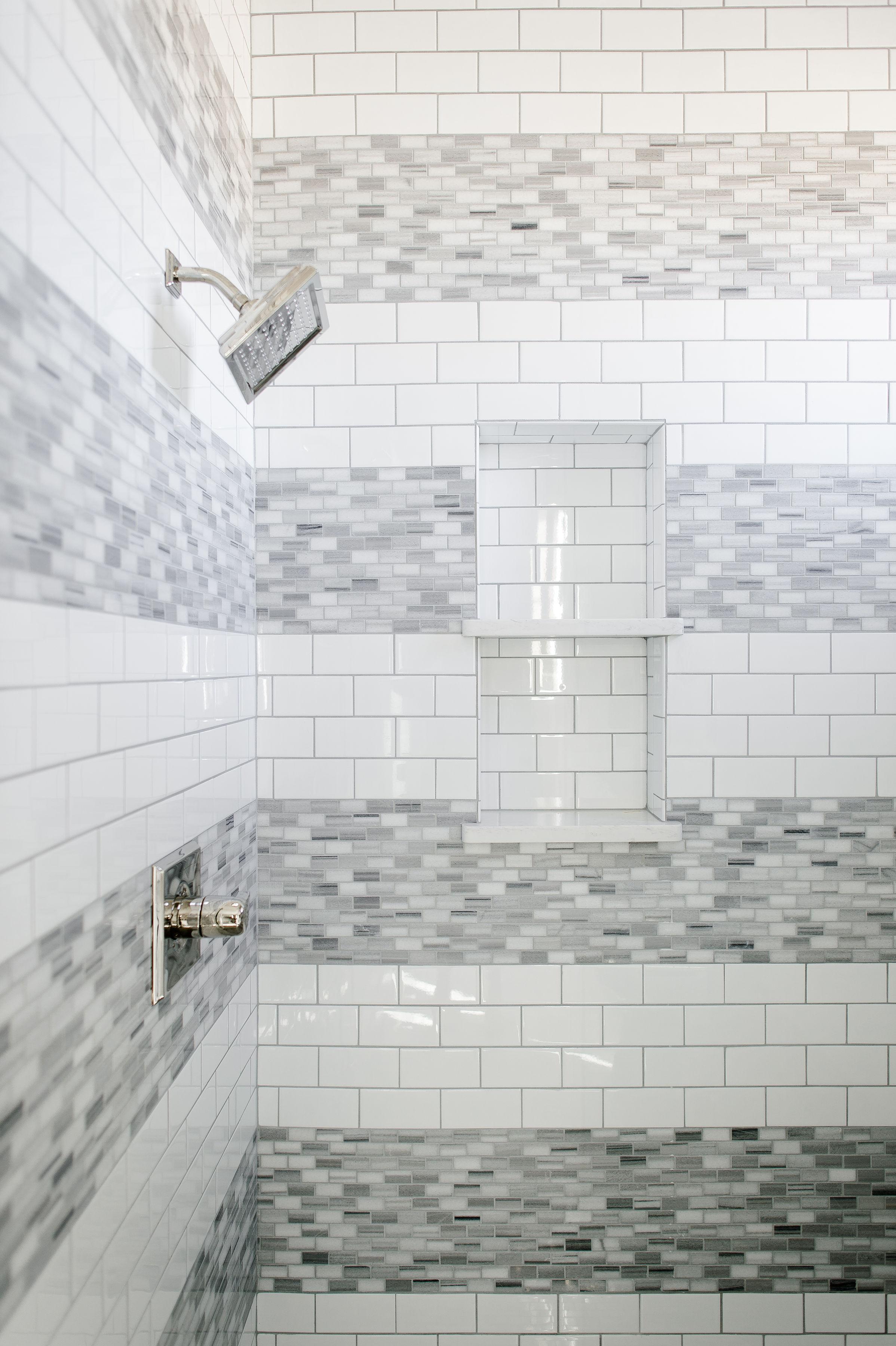 hill-country-transitional-clark-design-studio-wichita-falls-tx-kids-bathroom-grey-and-white.jpg