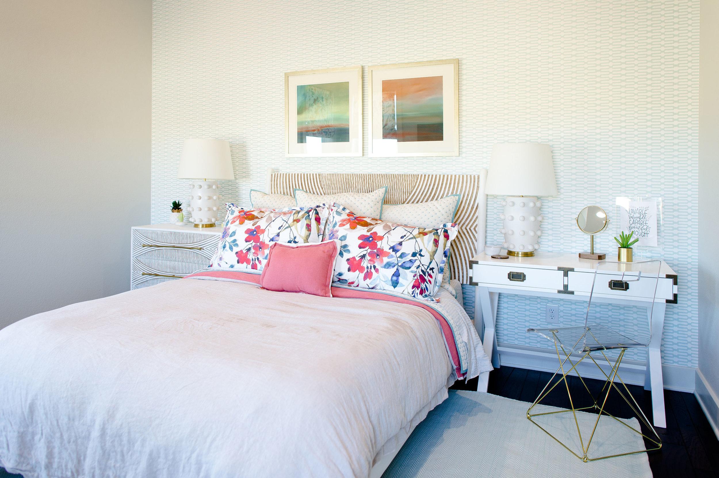 hill-country-transitional-clark-design-studio-wichita-falls-tx-girls-bedroom-anne-selke.jpg