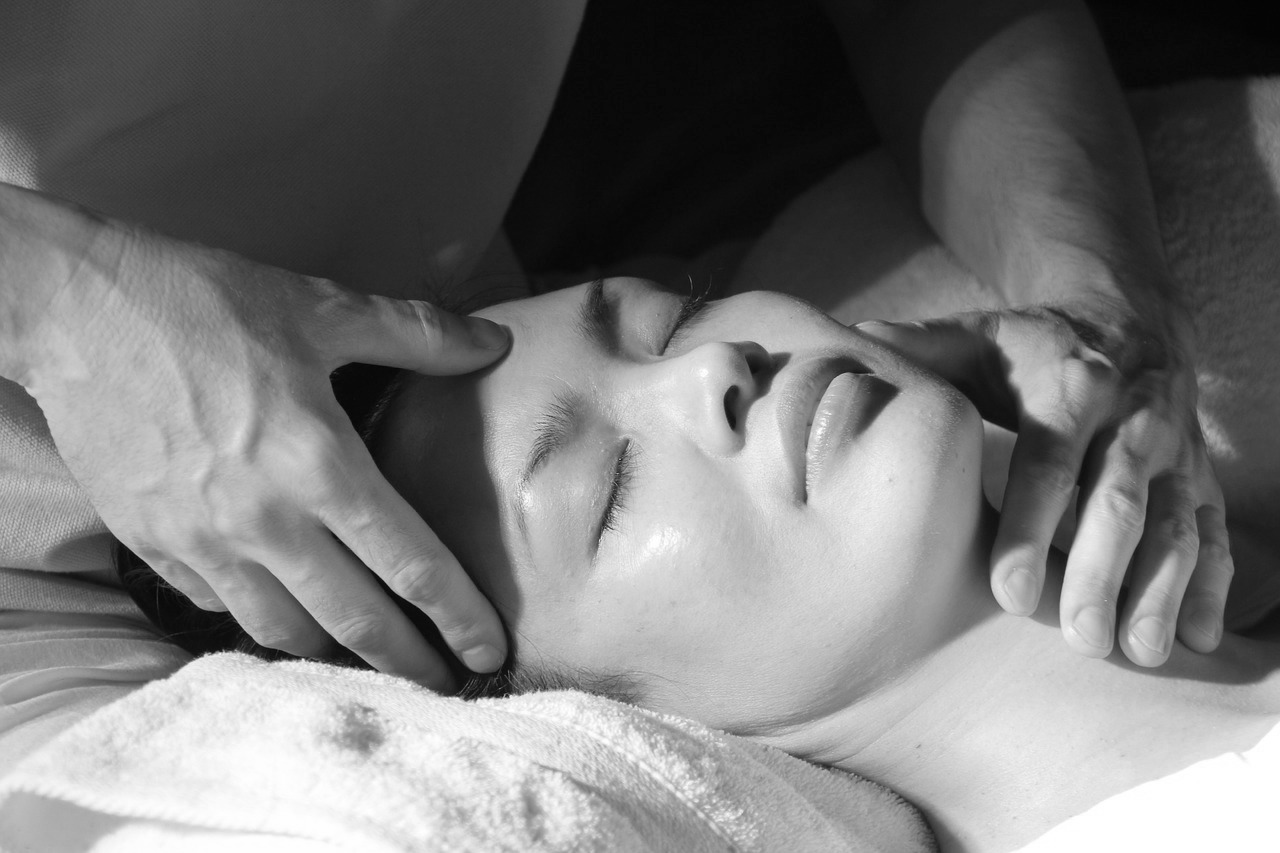 massage-1929064_1280.jpg