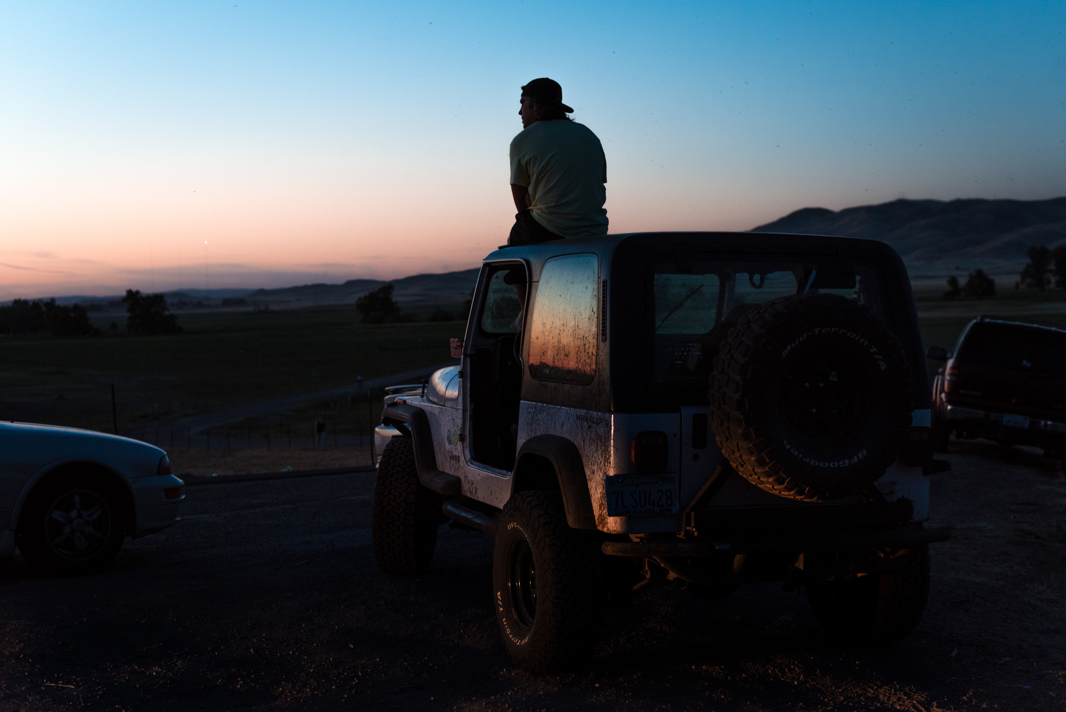 Sunset Jeep at the Dikes in Fresno California