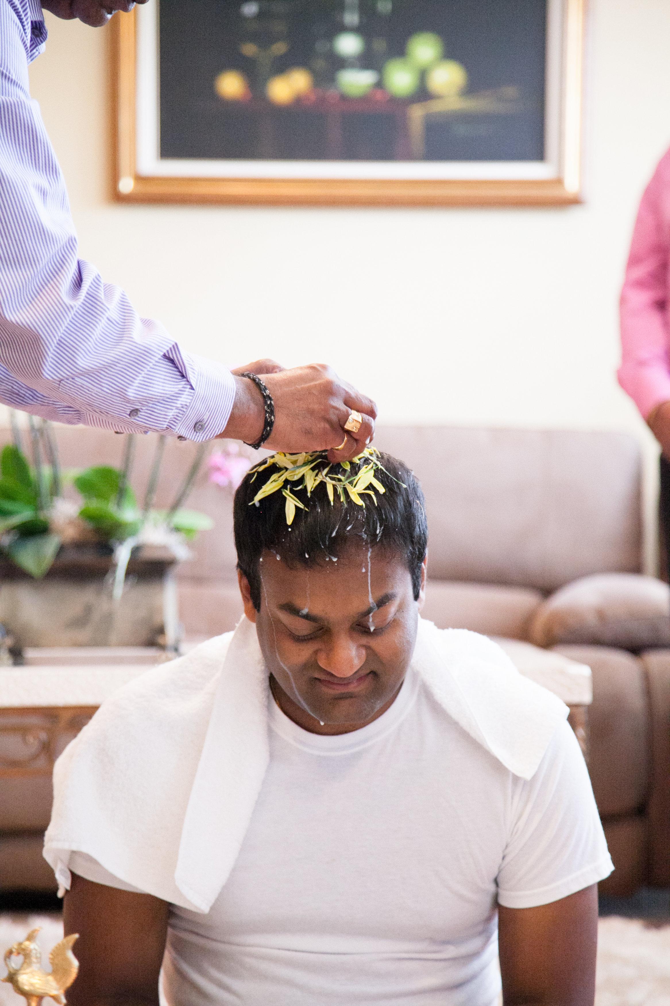 1-Sri Lankan Wedding Photography-Shiva Vishnu Temple003.jpg