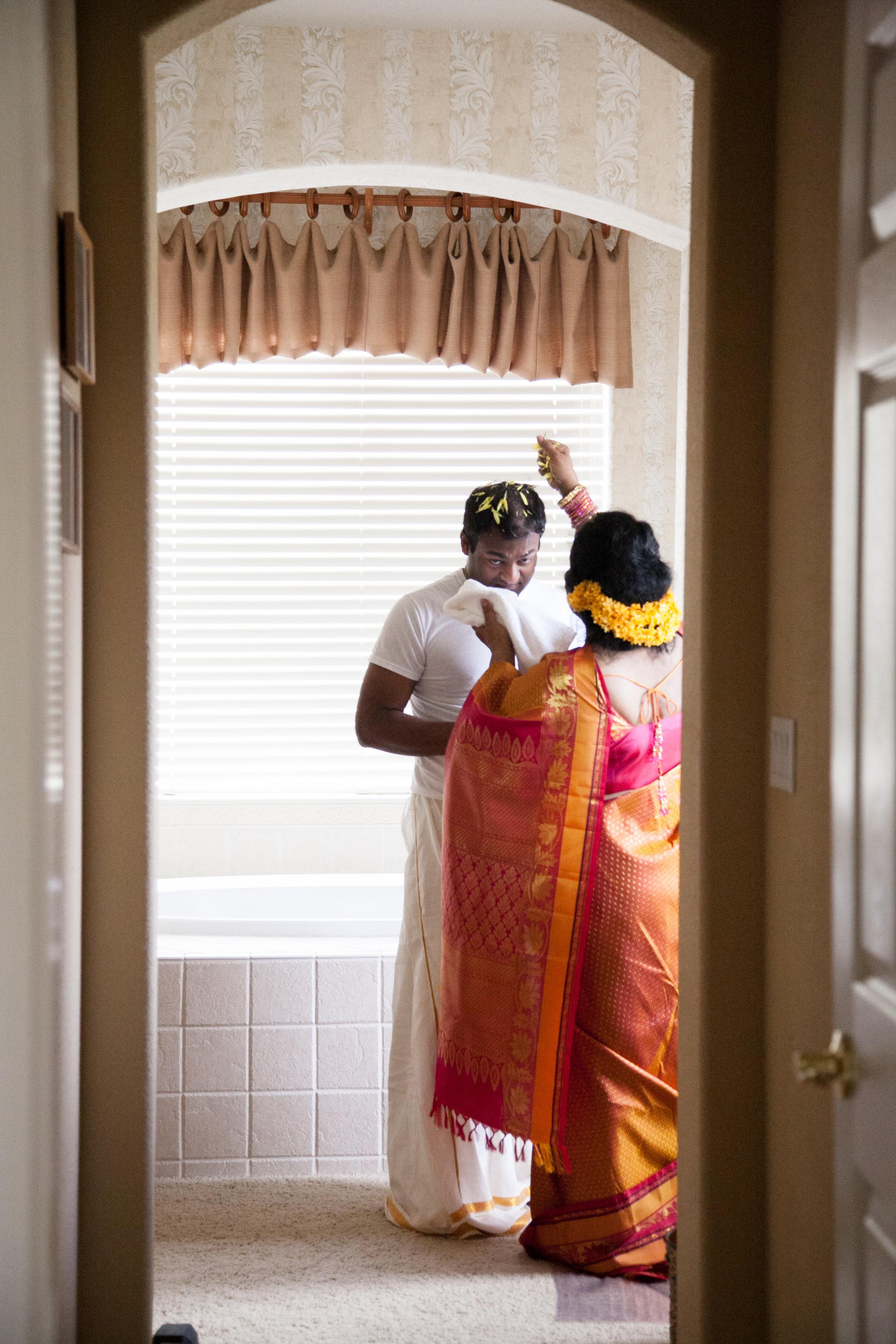 1-Sri Lankan Wedding Photography-Shiva Vishnu Temple004.jpg
