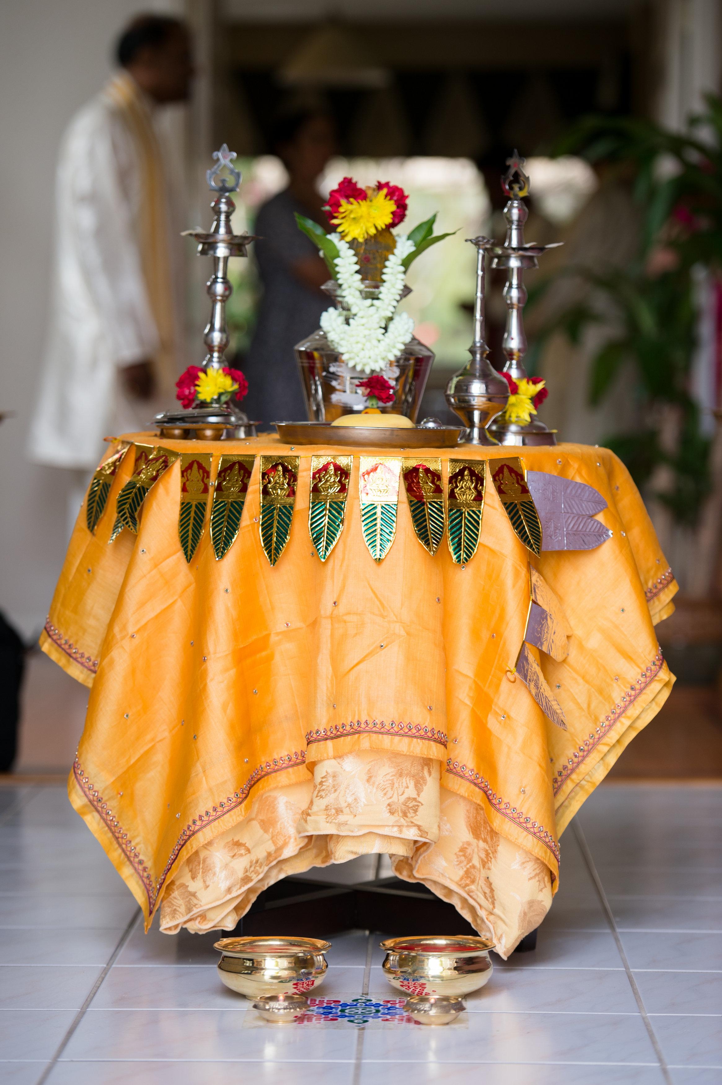 1-Sri Lankan Wedding Photography-Shiva Vishnu Temple009.jpg