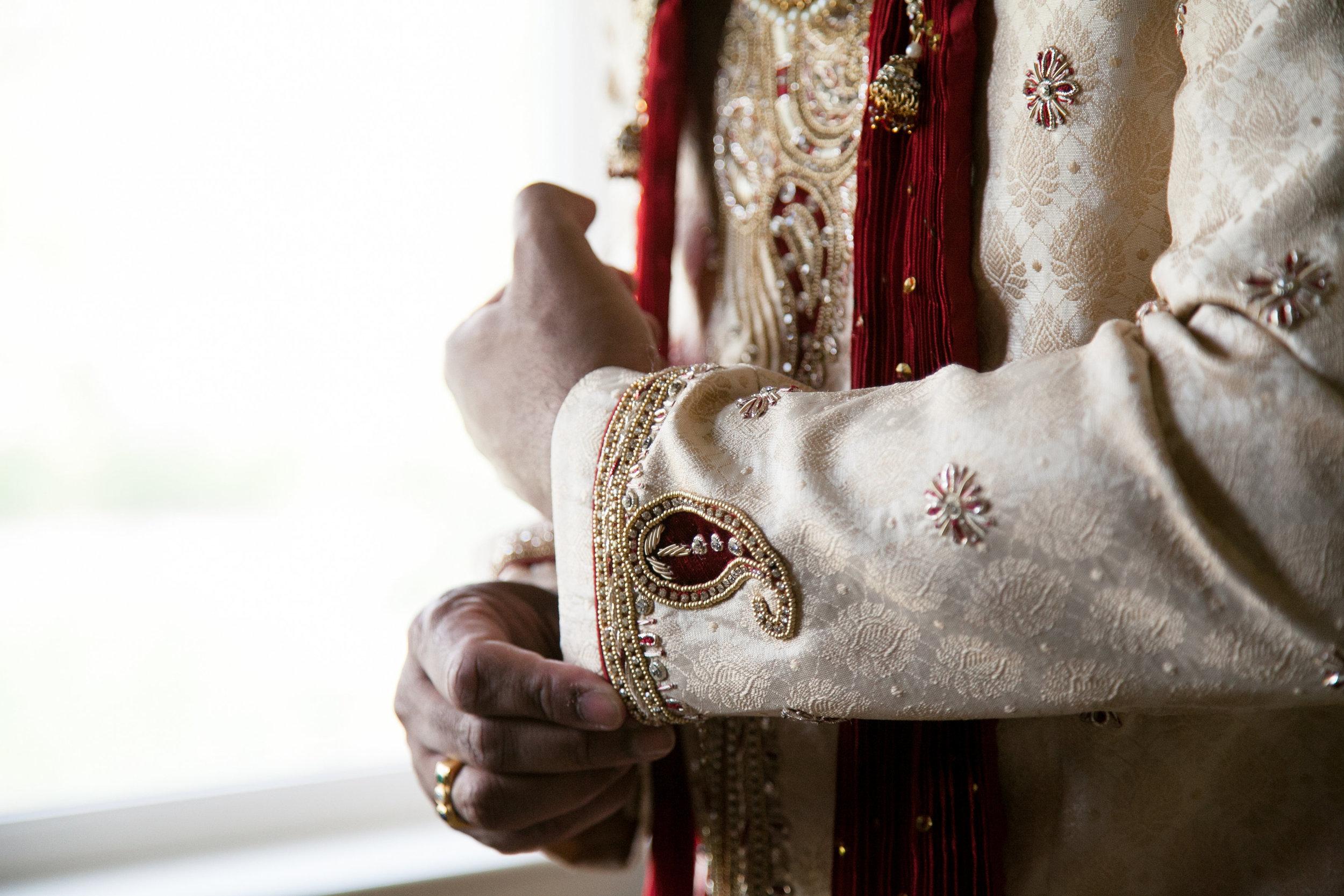 1-Sri Lankan Wedding Photography-Shiva Vishnu Temple012.jpg