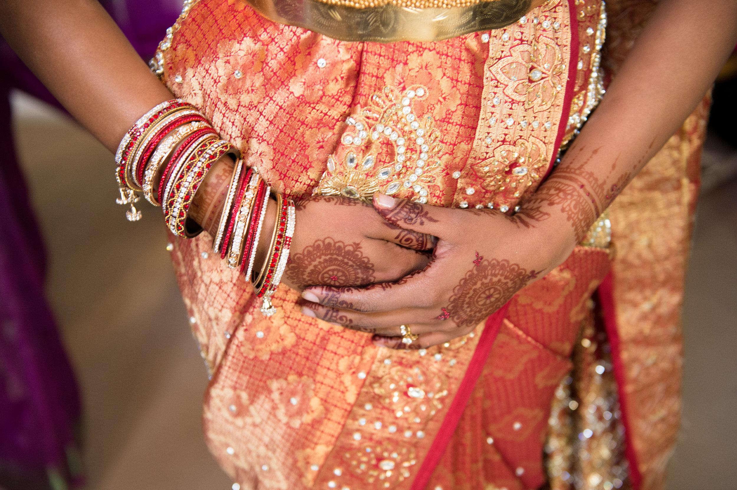 1-Sri Lankan Wedding Photography-Shiva Vishnu Temple015.jpg