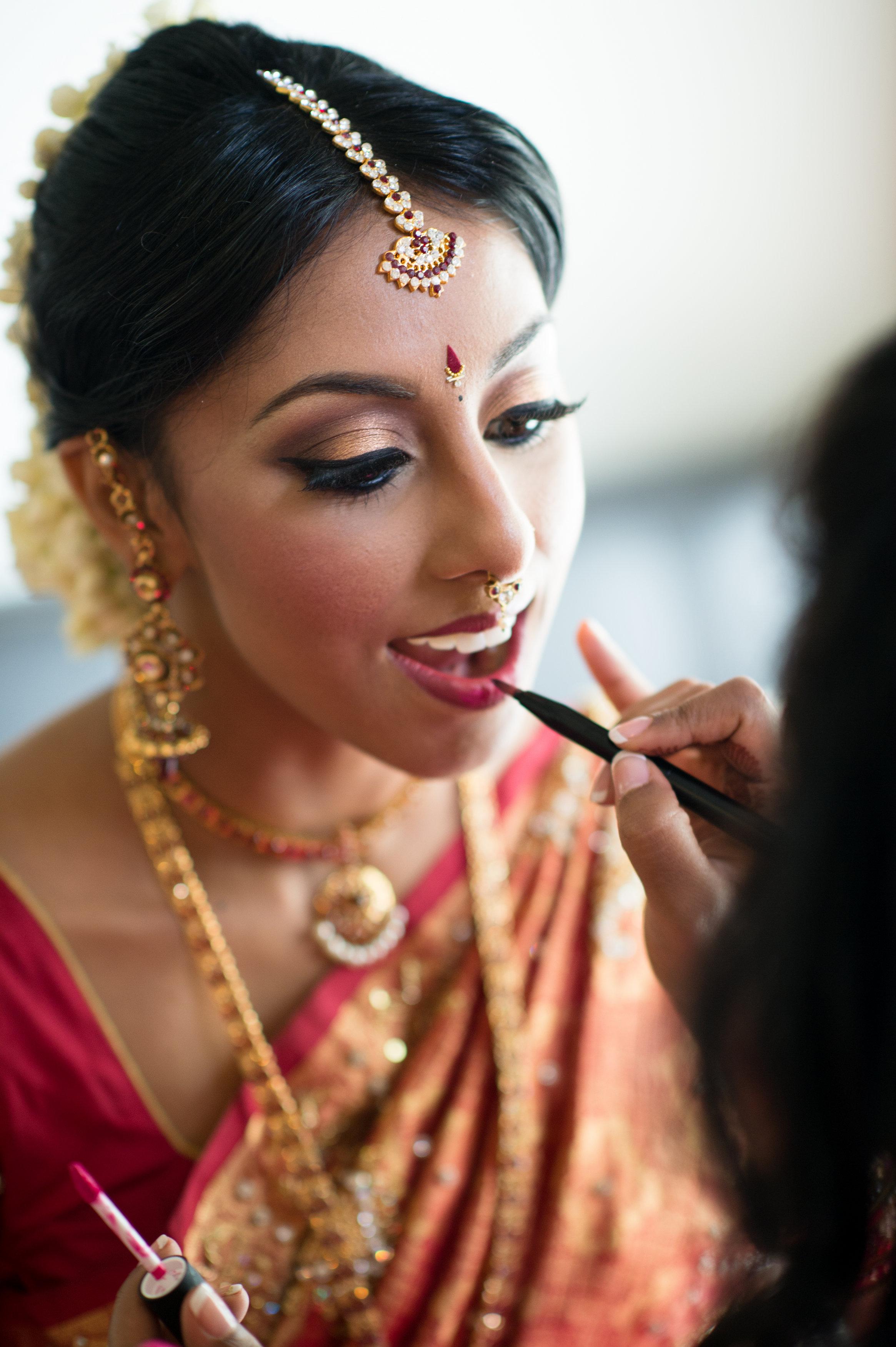 1-Sri Lankan Wedding Photography-Shiva Vishnu Temple017.jpg