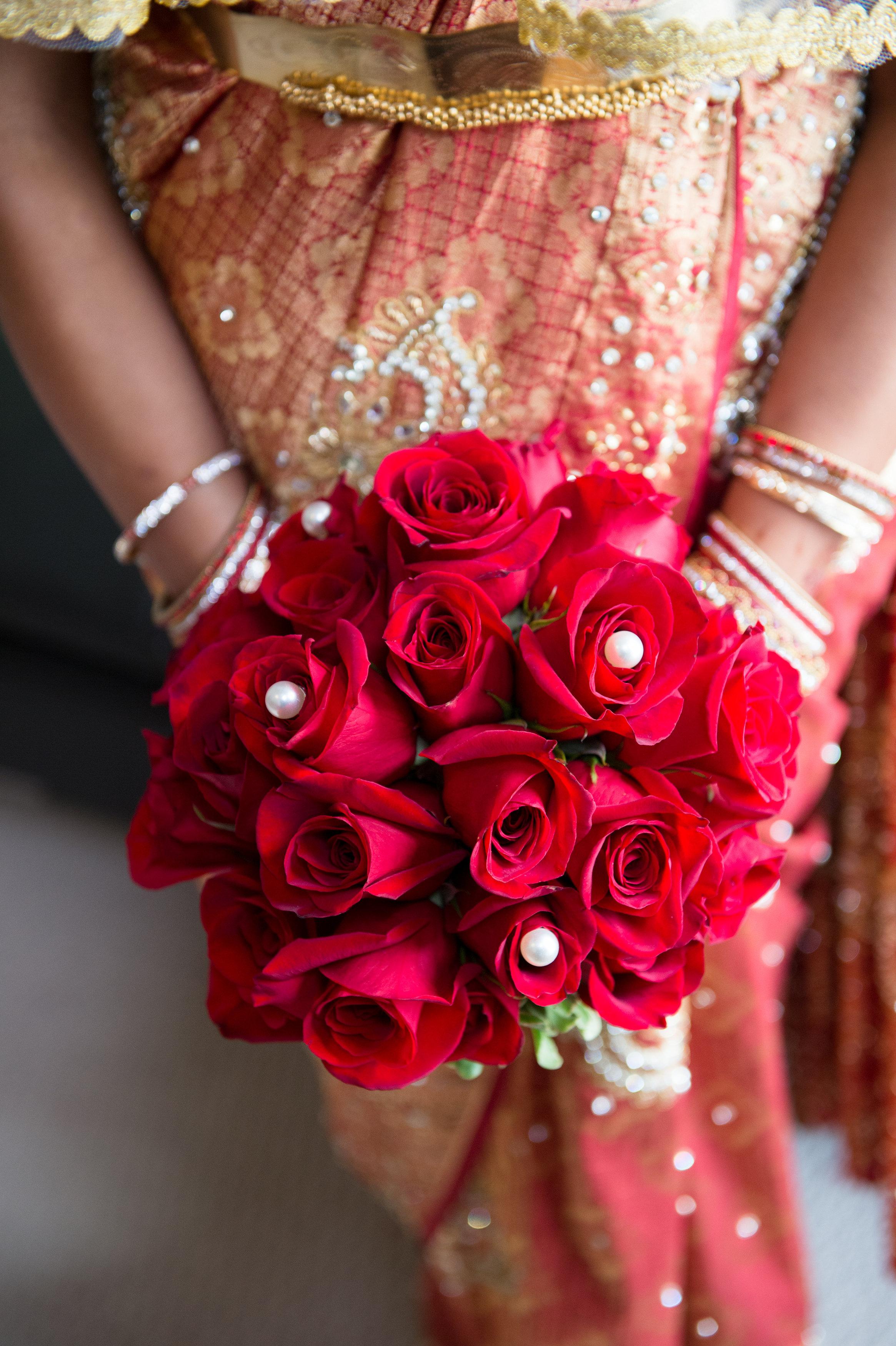 1-Sri Lankan Wedding Photography-Shiva Vishnu Temple022.jpg