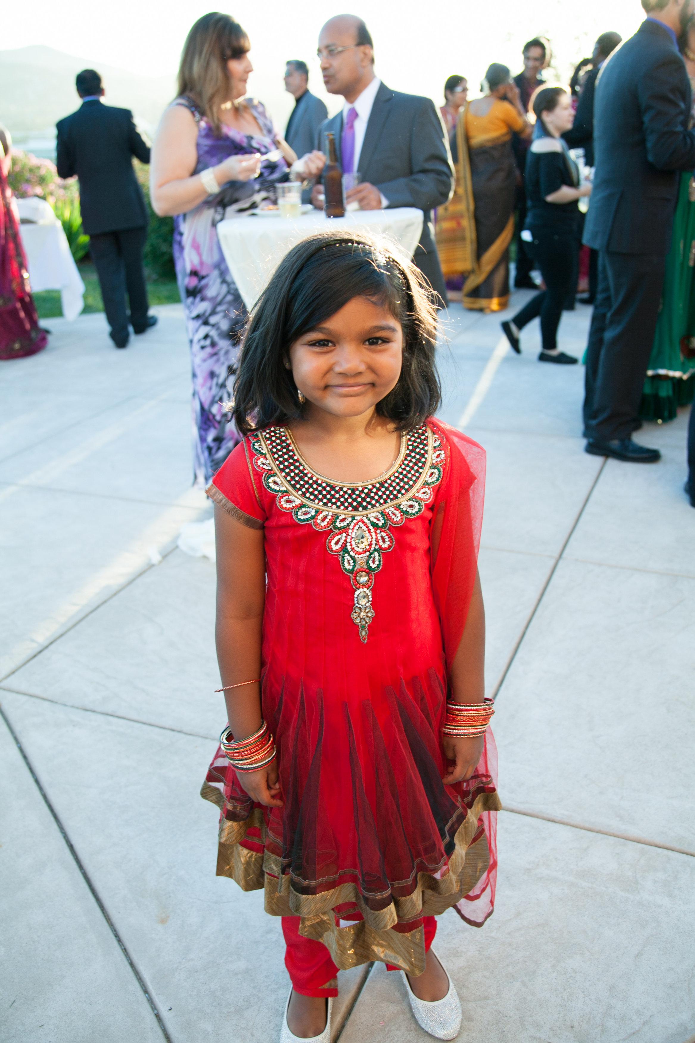 1-Sri Lankan Wedding Photography-Shiva Vishnu Temple053.jpg