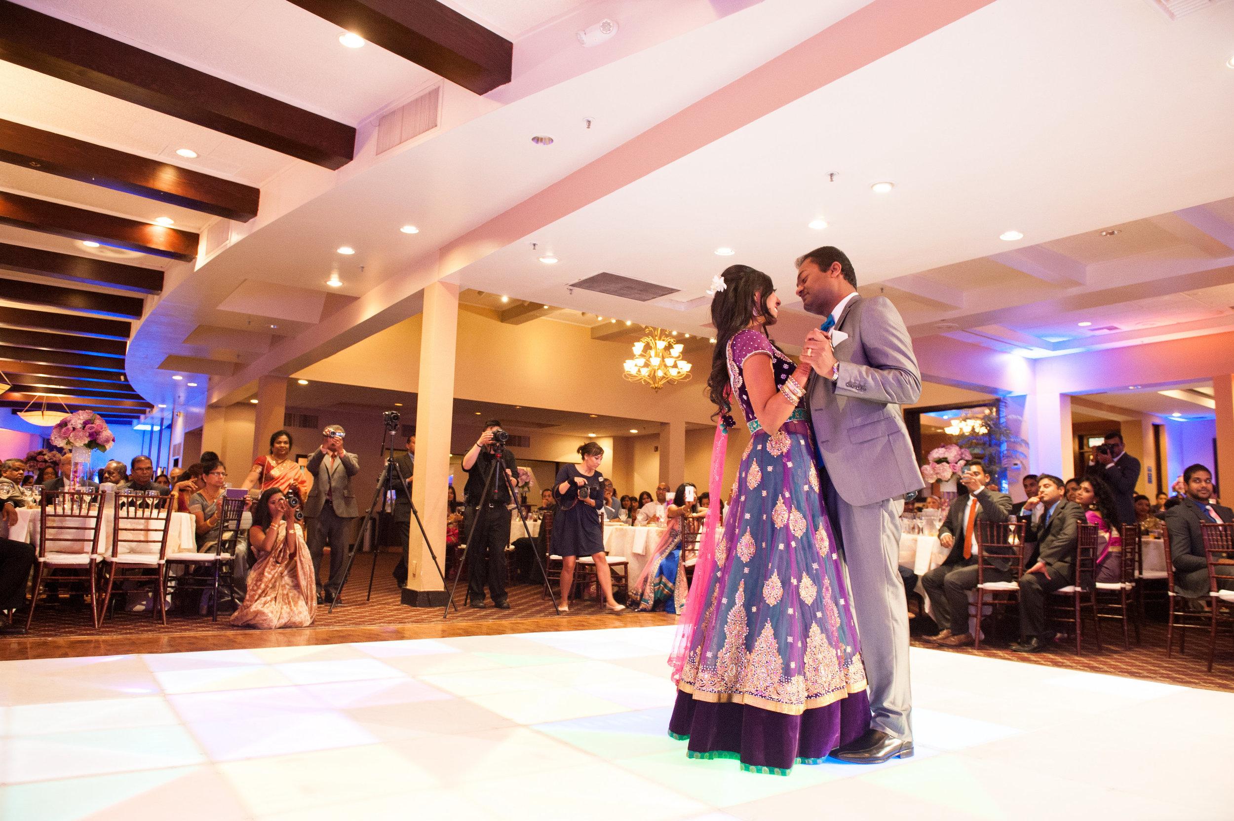 1-Sri Lankan Wedding Photography-Shiva Vishnu Temple057.jpg