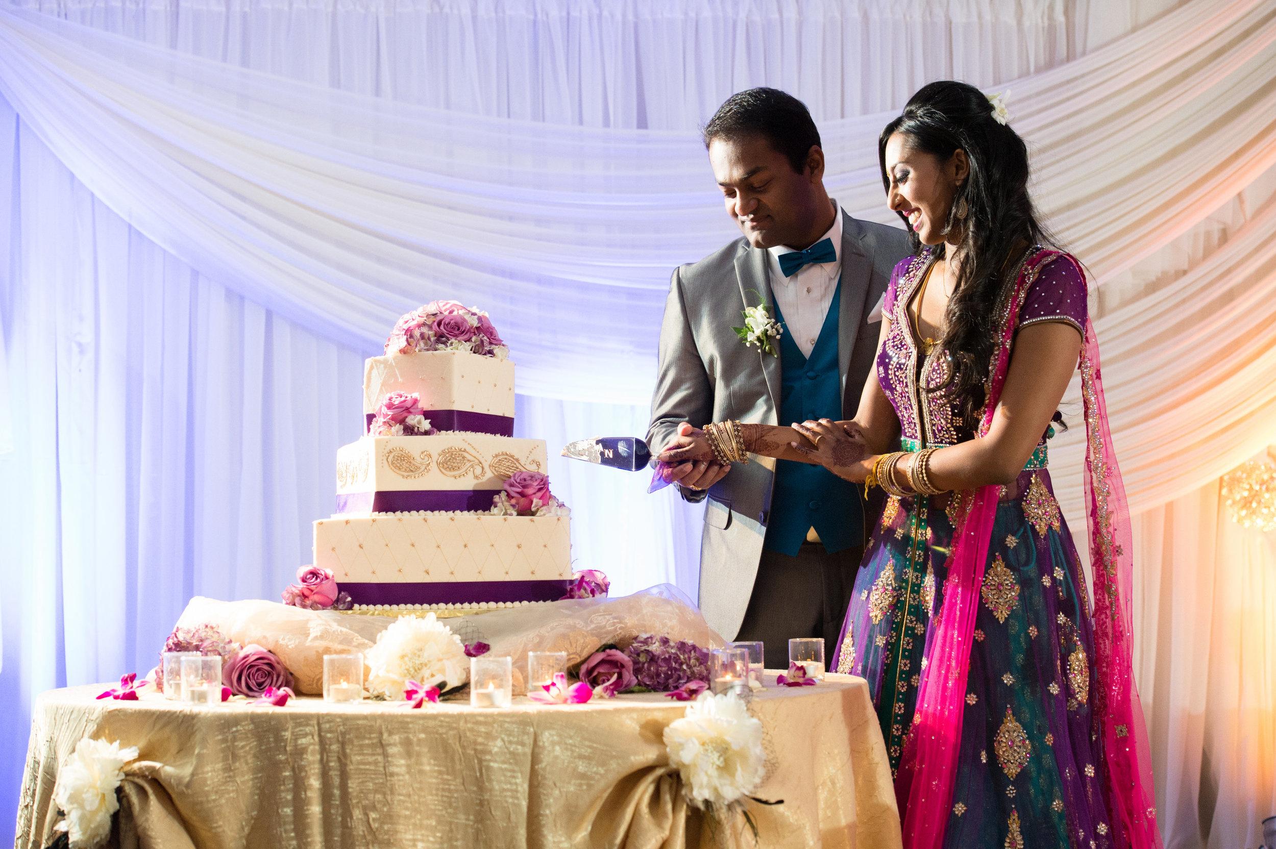 1-Sri Lankan Wedding Photography-Shiva Vishnu Temple063.jpg