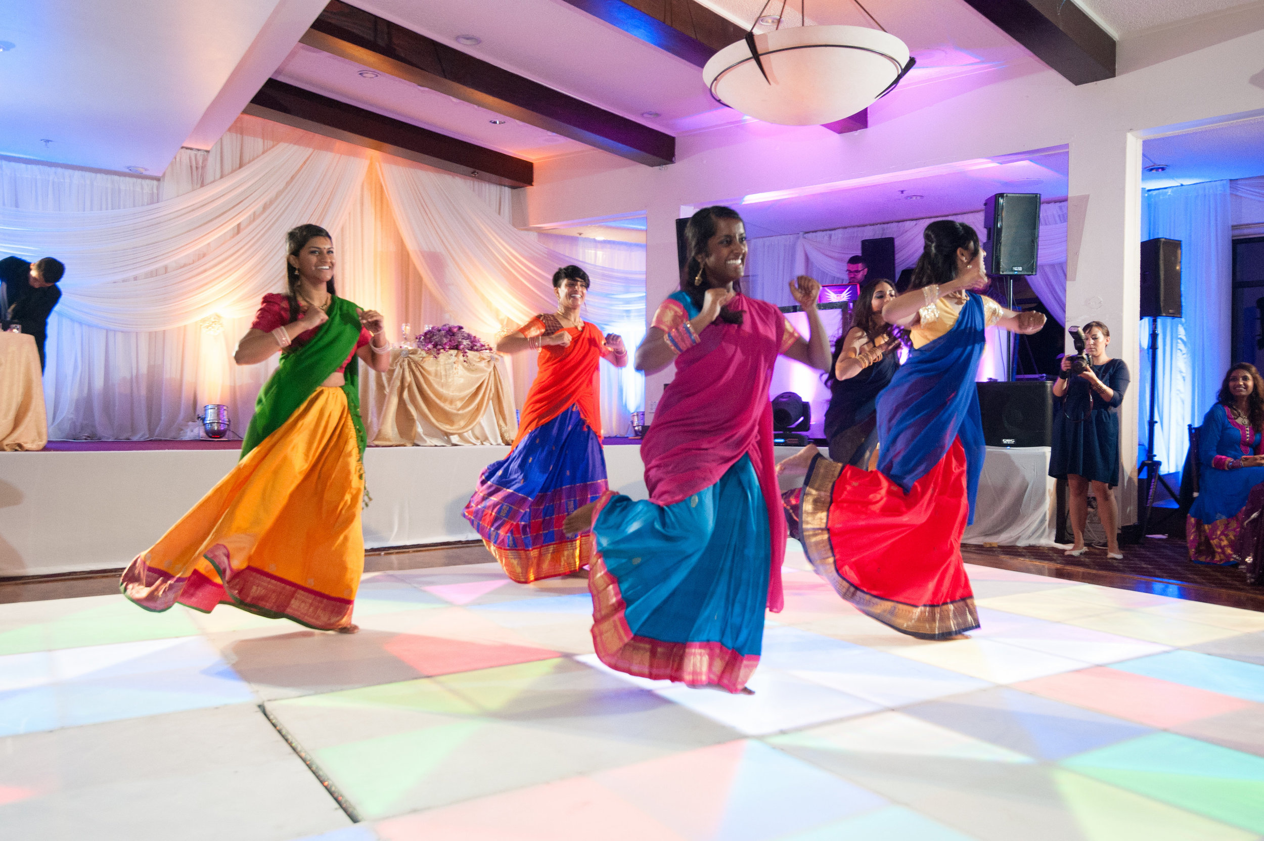 1-Sri Lankan Wedding Photography-Shiva Vishnu Temple066.jpg