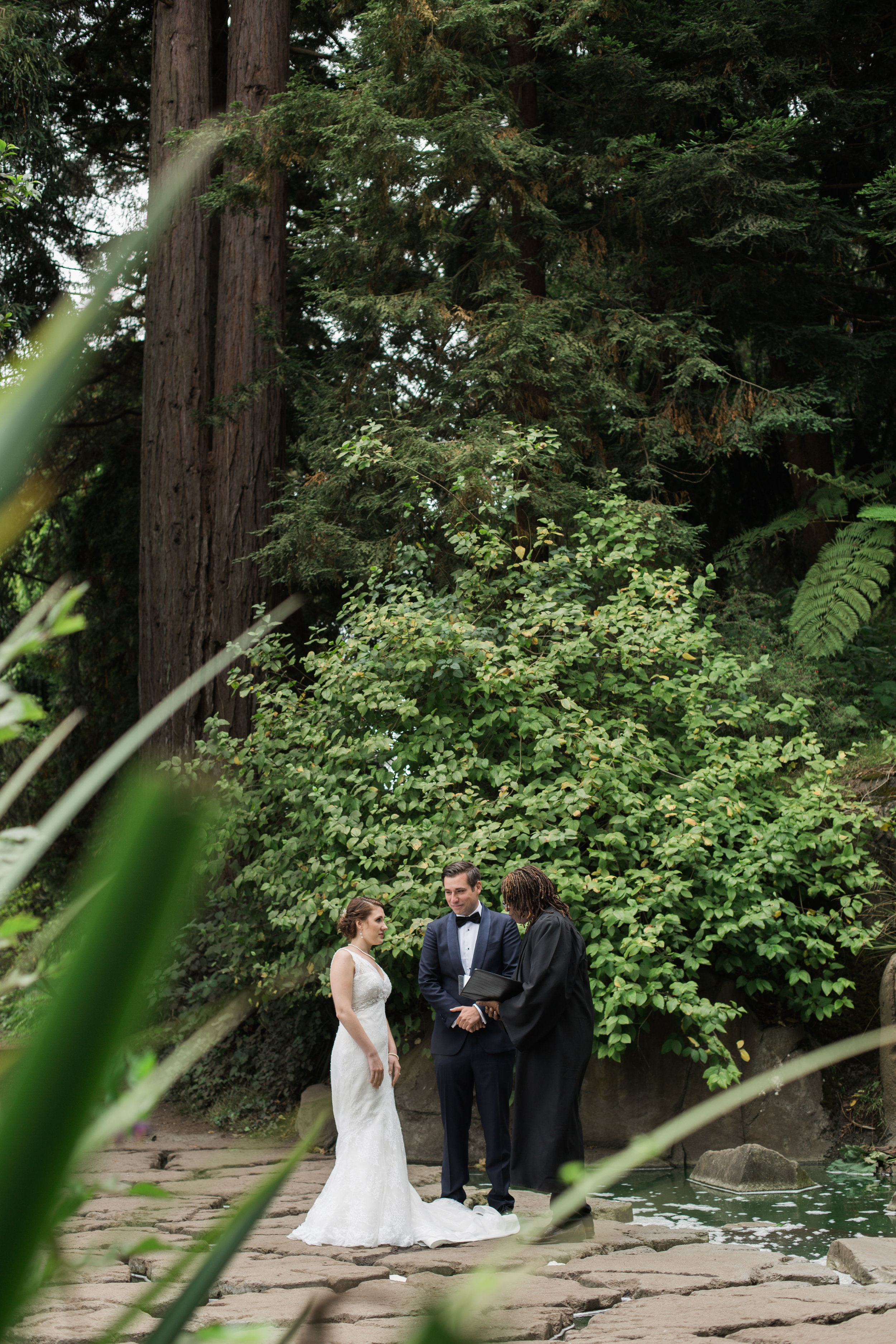 san_francisco_city_hall_elopement (1).jpg