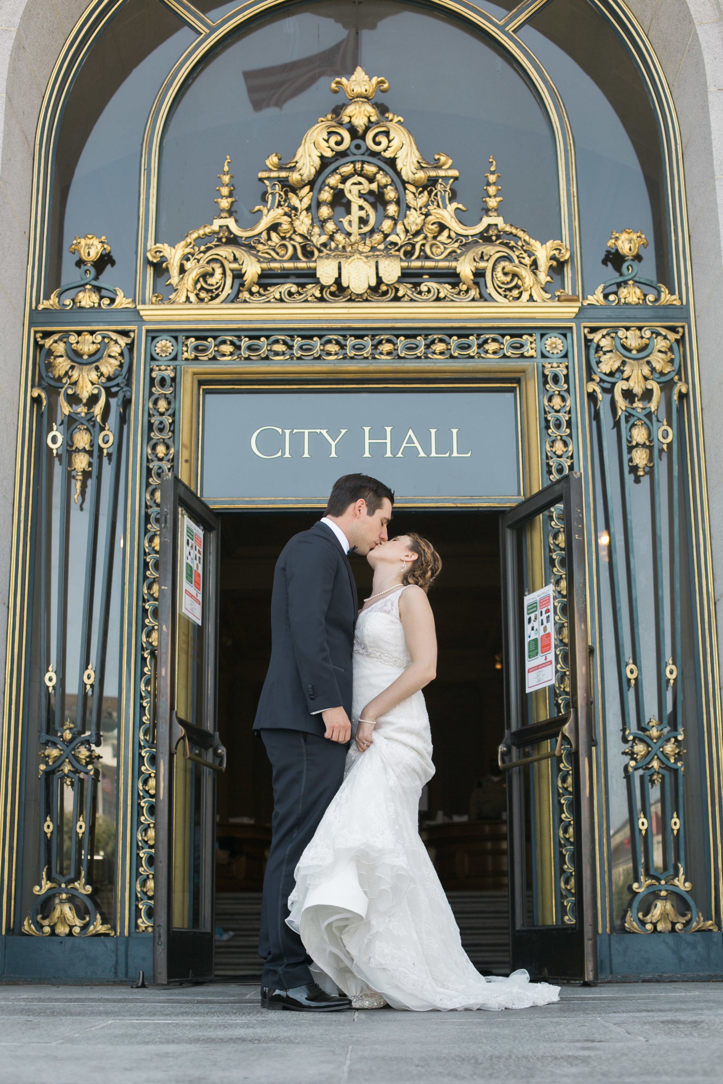 san_francisco_city_hall_elopement (31).jpg