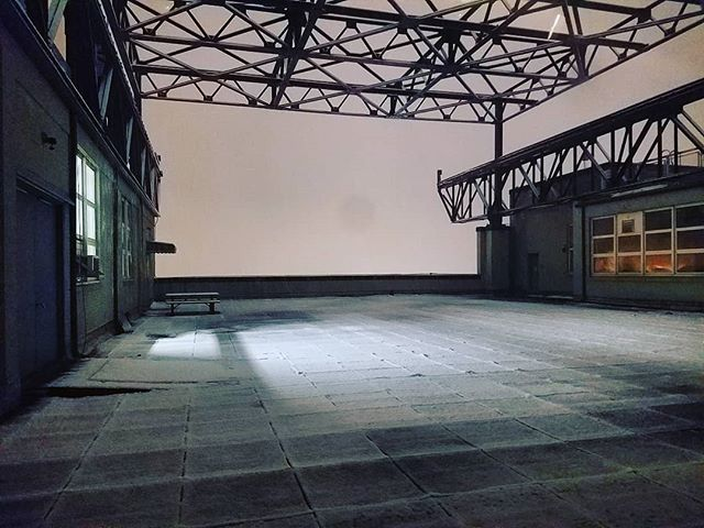 ...overnight February snow blankets the deck @tentonstudio @ Historic Brooklyn Navy Yard  #tentonstudio #BrooklynNavyYard #Brooklyn #Studio