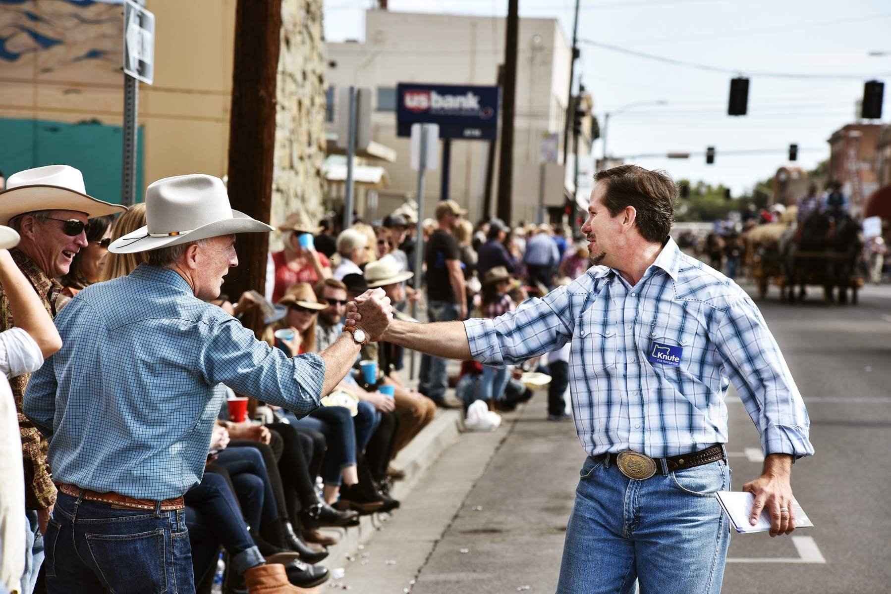 Polls show the Oregon gubernatorial race is close enough heading into the November 6 election to wonder what a Republican governor in reliably blue-state Oregon would look like. (Photo Credit: E.J. Harris/East Oregonian)