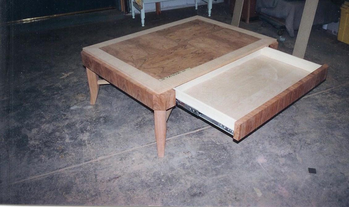 table w drawer.jpg