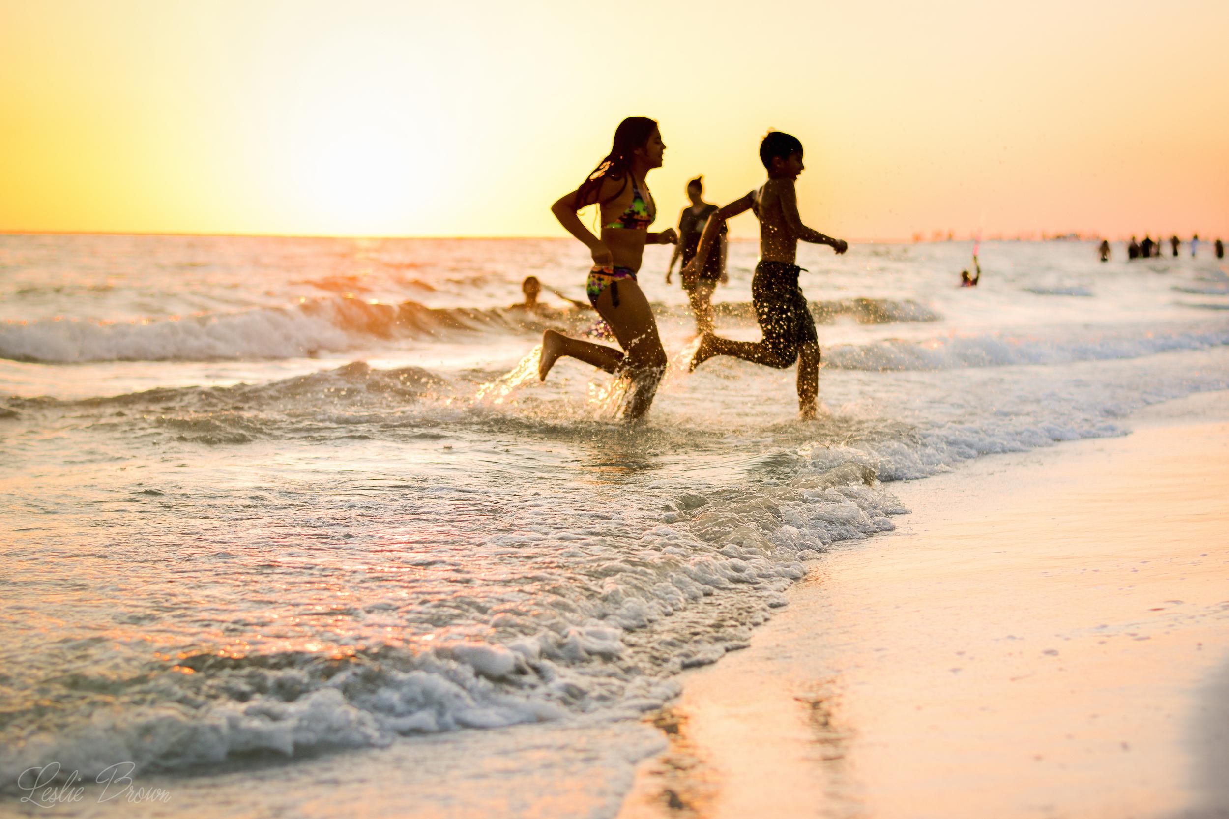 Kids on the beach - Leslie Brown