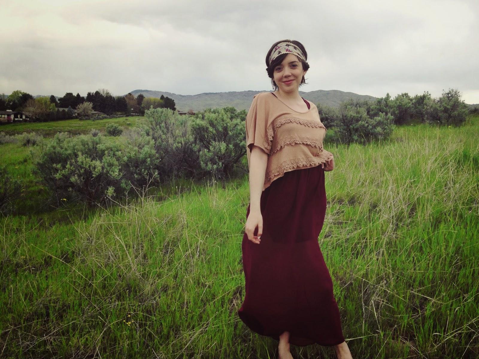 baggy+crop+top+over+maxi+dress+.jpeg