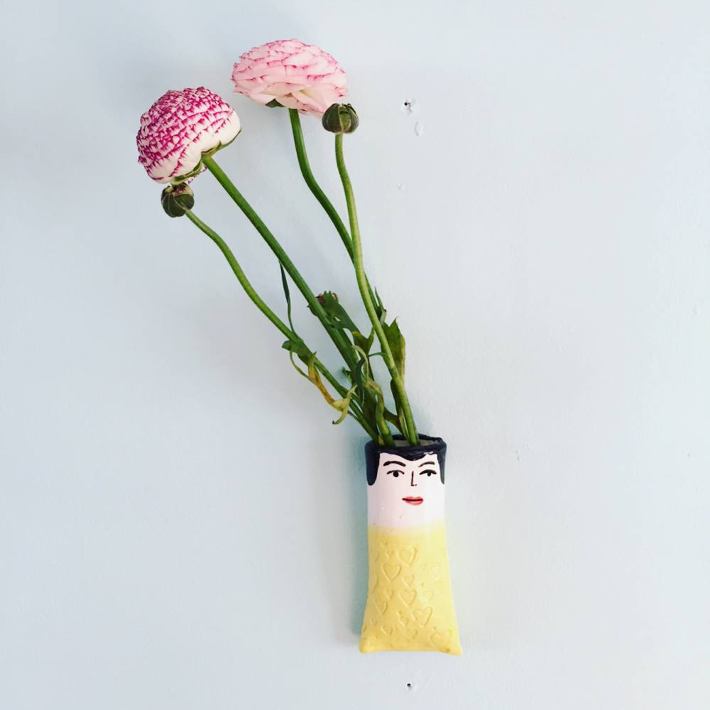 wall vase1.jpg