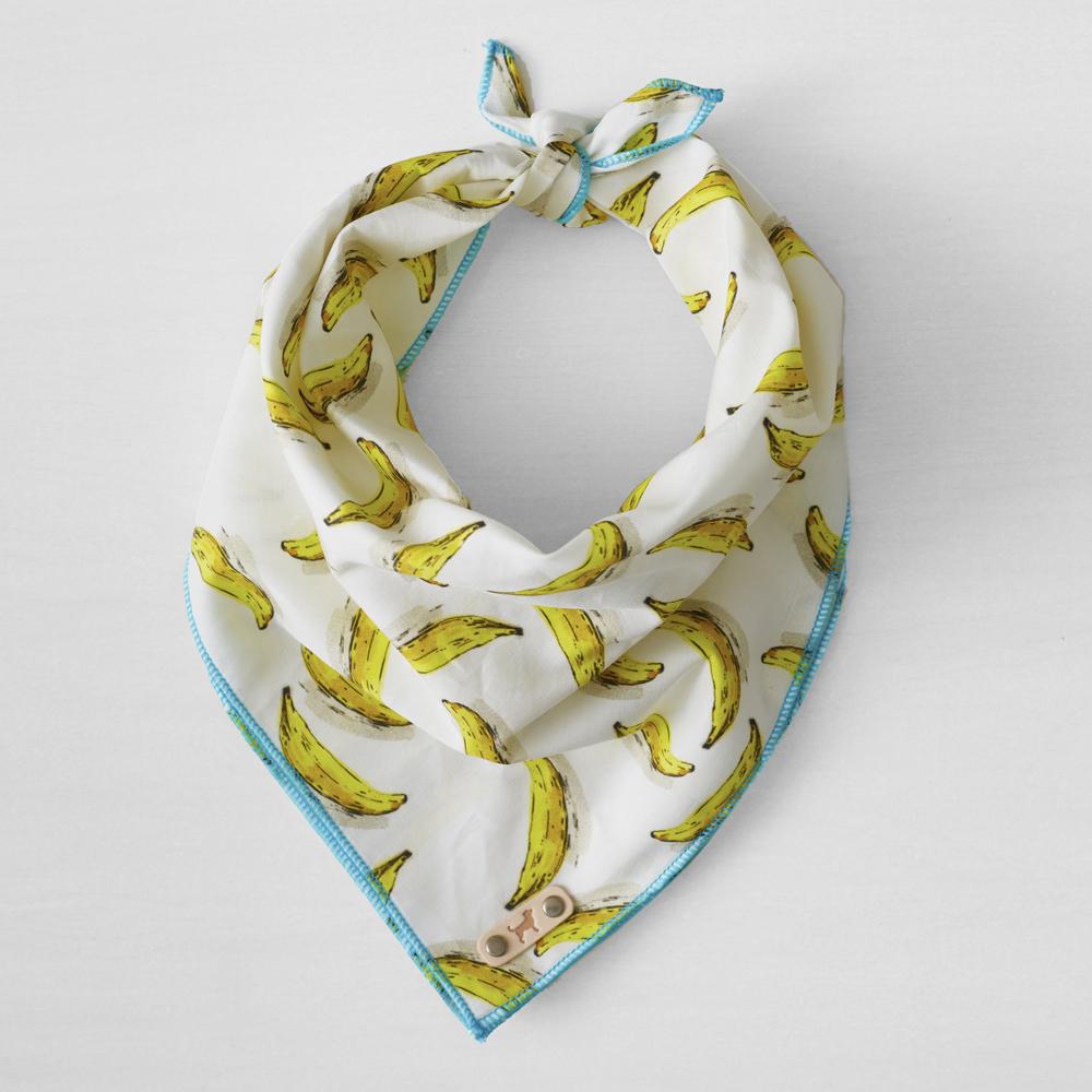 dog love repeate bandana.jpg