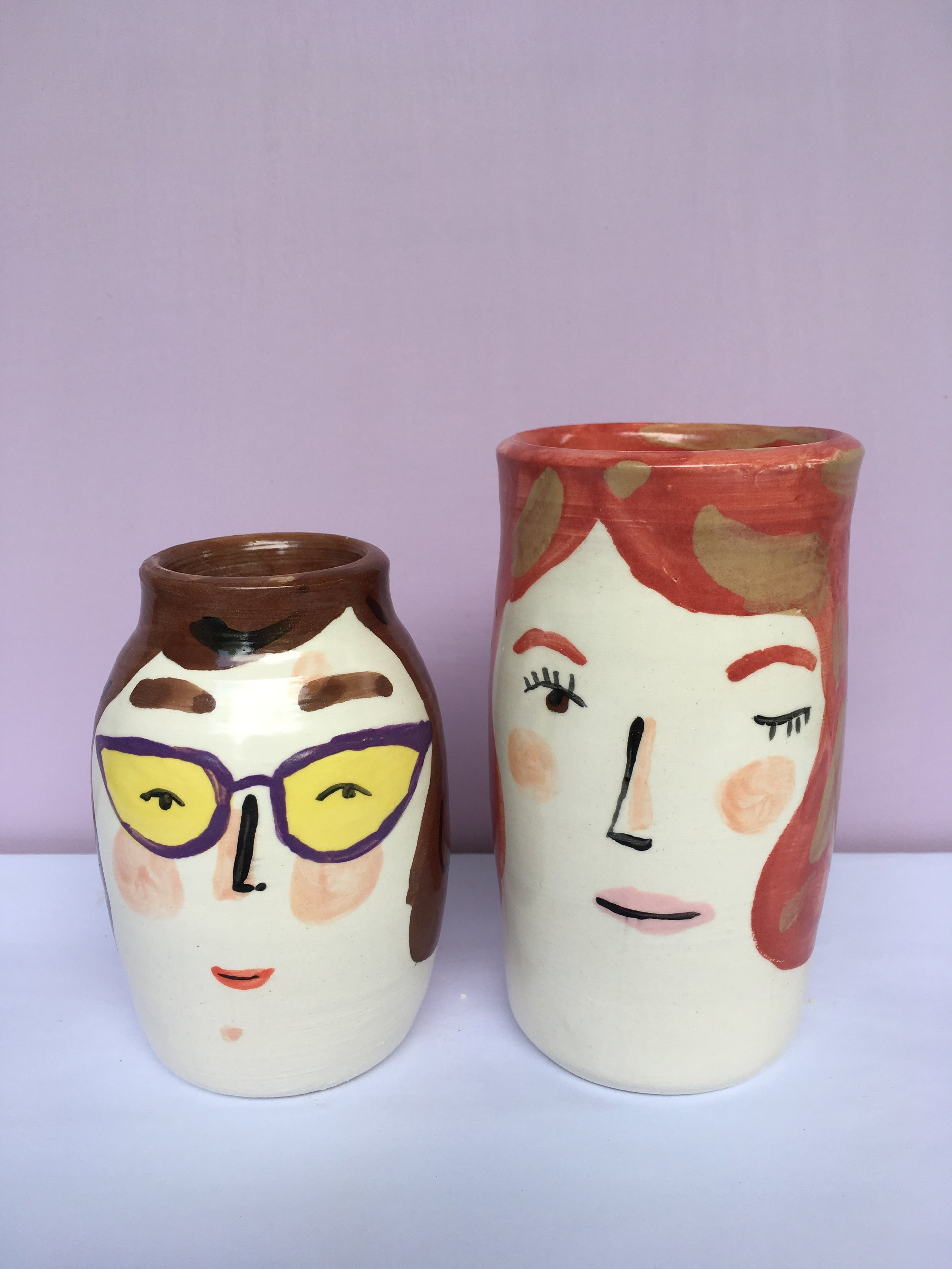 vase pair