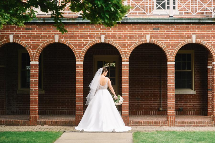 Dearborn_Inn_Wedding_Photos-17.jpg