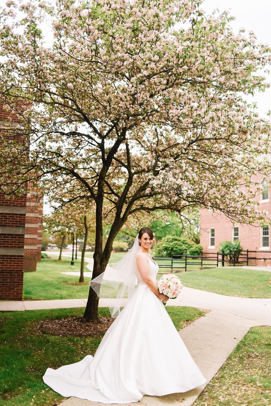 Dearborn_Inn_Wedding_Photos-30.jpg