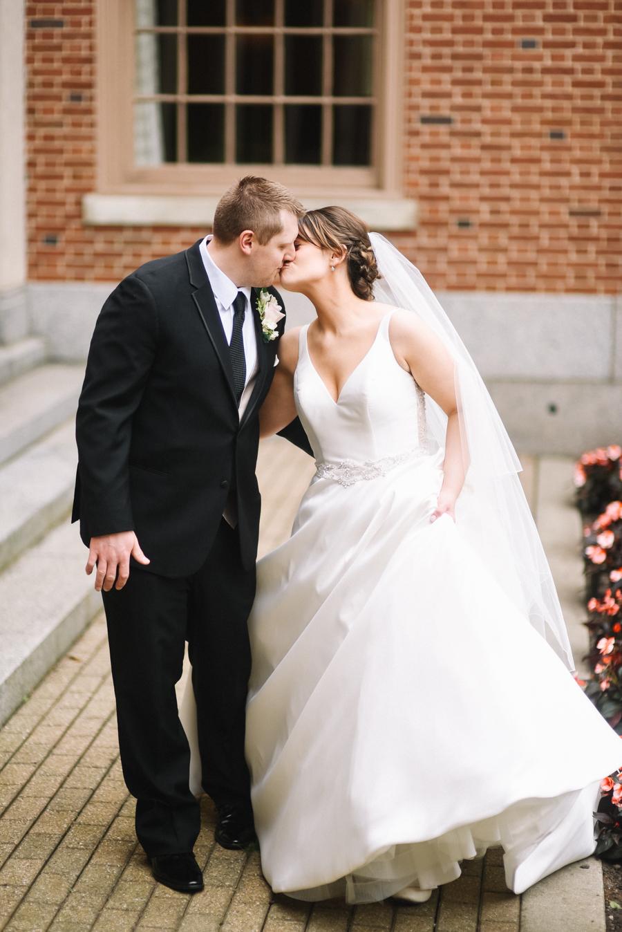 Dearborn_Inn_Wedding_Photos-61.jpg
