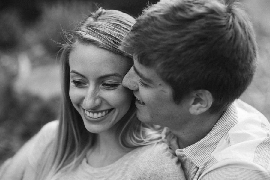 Southern_Exposure_Herb_Farm_Engagement_Photos-41.jpg