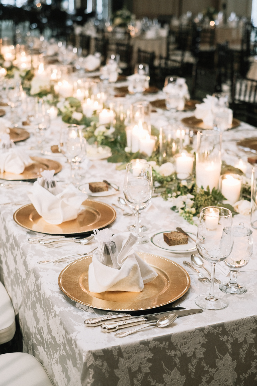 Bloomfield_Hills_Country_Club_Wedding-49.jpg