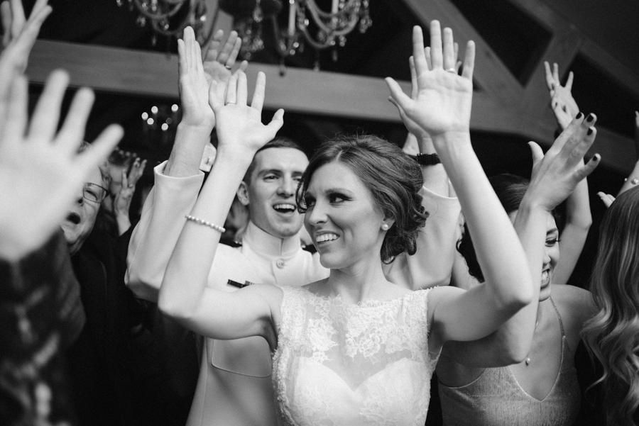 Bloomfield_Hills_Country_Club_Wedding-74.jpg