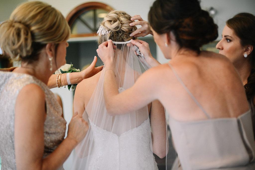 Shelby_Township_Wedding_Photographer-231.jpg