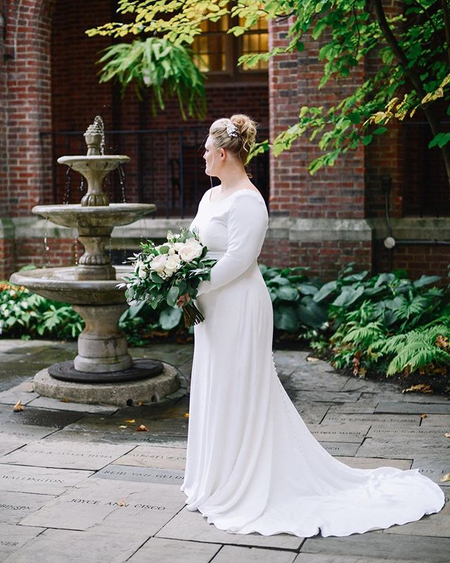 @carleanadlc #grandrapidsbride #michiganwedding #michiganbride #detroitbride #grandrapidswedding
