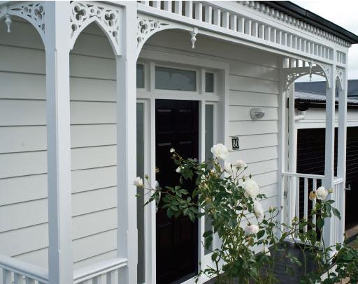 Resene-White-Cottage1.png