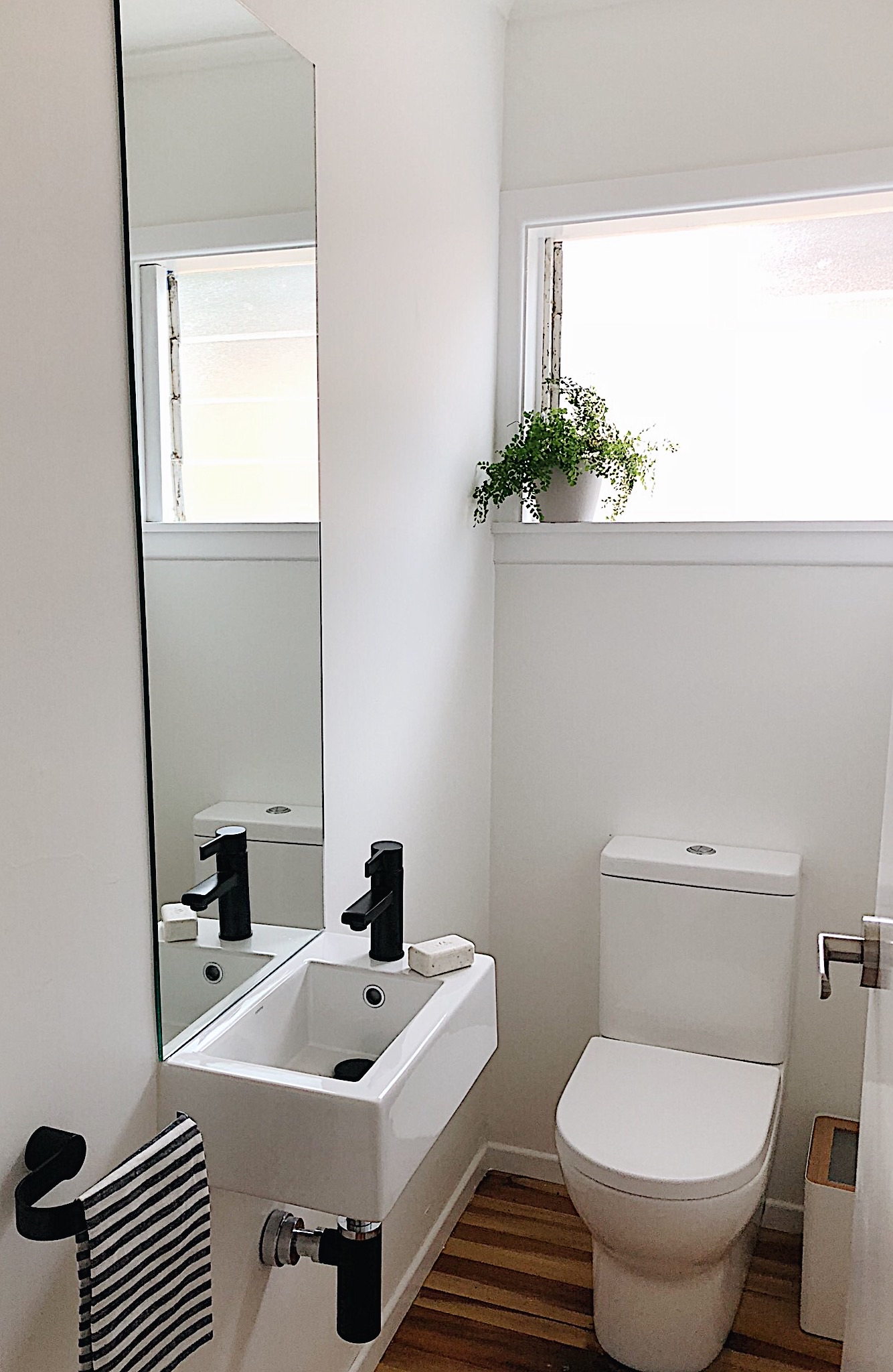Pearson and Projects Relocatable Reno Bathroom Project Powder Room Toilet Caroma .jpg