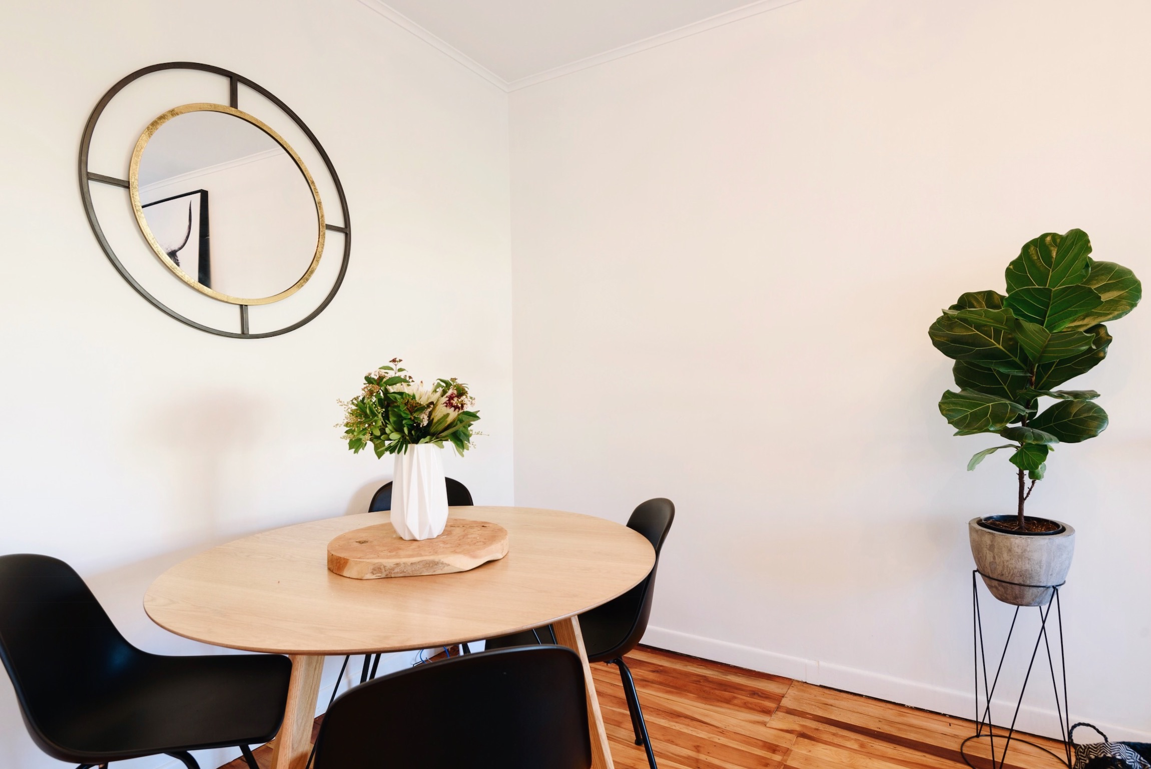 Pearson + Projects The Expert Reveal Dining Room Round Table Mirror.jpg