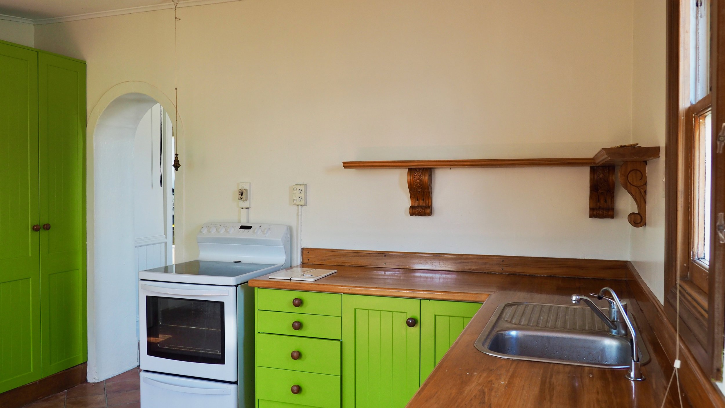 Alice and Caleb Pearson + Projects Renovation Road Trip Charmer in Alexandra Before Renovation DIY The Block NZ - 10.jpg