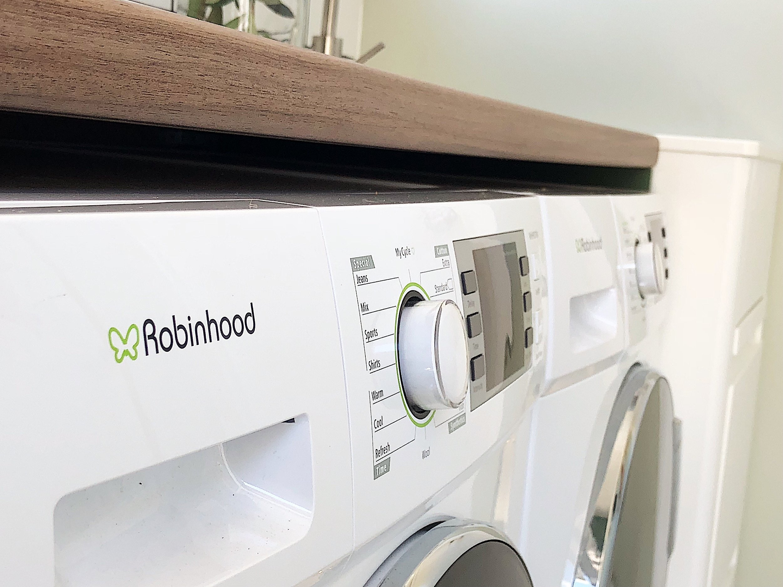 FB Final Laundry Reveal Pearson and Projects Robonhood - 6.jpg