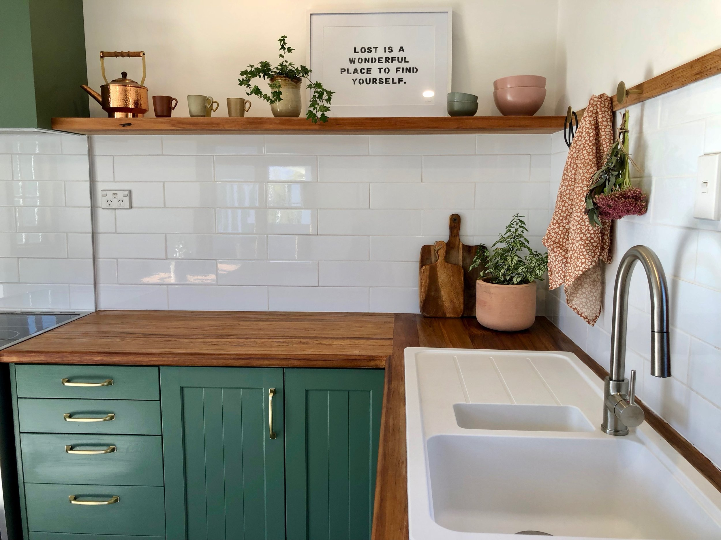 Pearson and Projects Kitchen Reveal Farmhouse Green Timber Bench Shelf Breakfast Table White Sink Cottage - 13.jpg