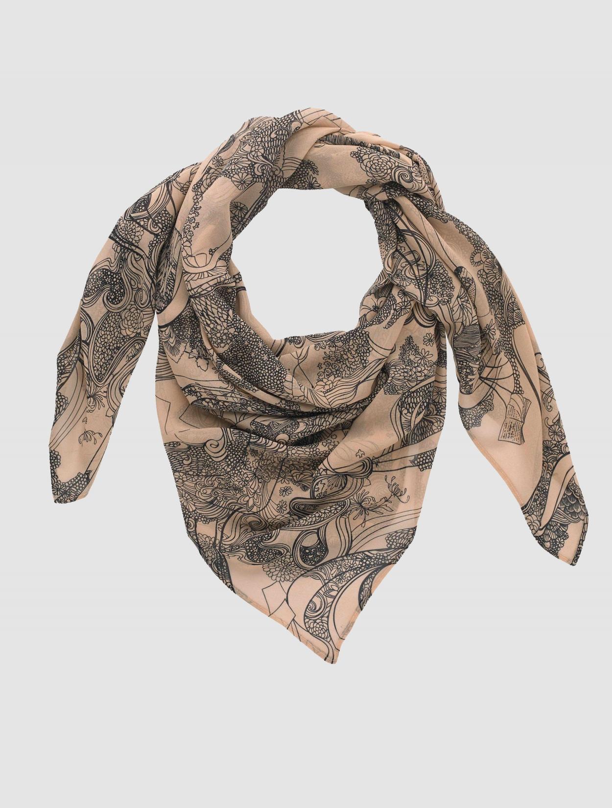 scarf2_GREY_1250_1650_s_c1.jpg